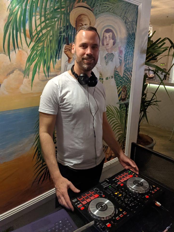 DJ-JAMES